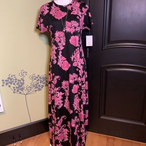 NWT Gorgeous Black and Pink Floral Maria Maxi